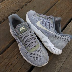 Womens NIKE LUNARGLIDE 8 Lightweight Running Shoes